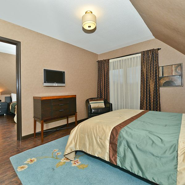 Executive Suite - Two Bedrooms