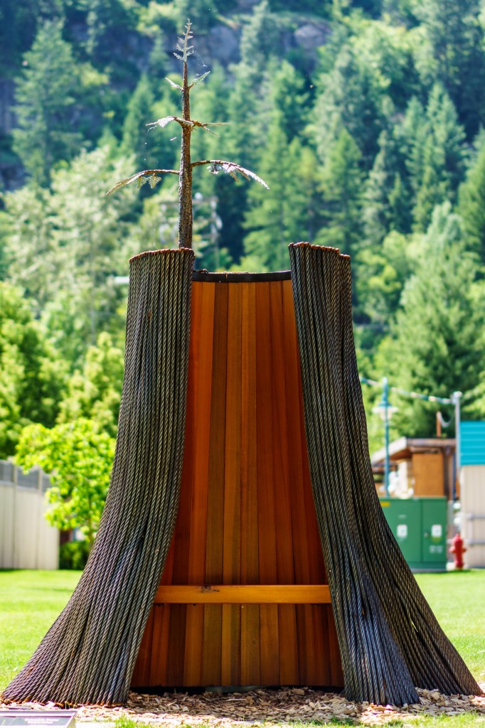 (courtesy of Castlegar Sculpturewalk/photo credit: Colin Payne Photography)