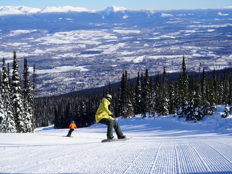 Photo from https://www.snowseekers.ca/destination/hudson-bay-mountain